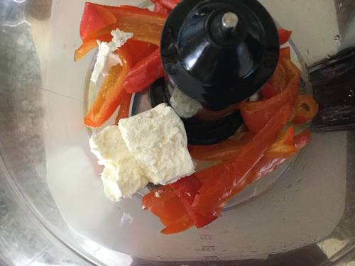 Crema di peperoni con robiola - ricetta per pasta