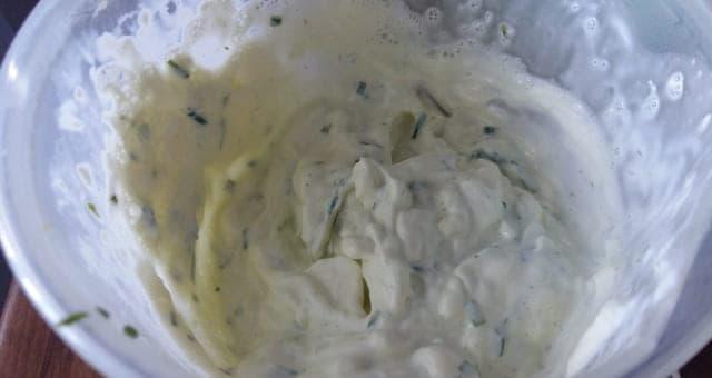 Crema di erba cipollina e aglio