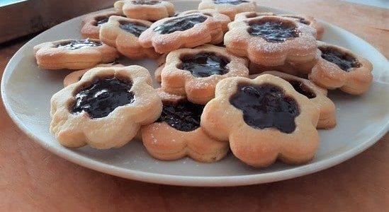 biscotti occhio di bue friabili ricetta